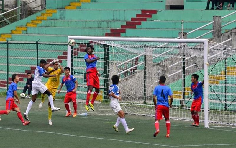 Players of Dempo SC and Gangtok Himalayan SC in action